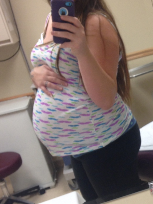31 weeks pregnant I've gained 45 pounds already! How much