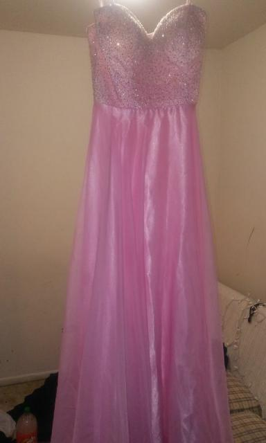 Does anyone know any good places i can sell my prom dress? - Glow ...