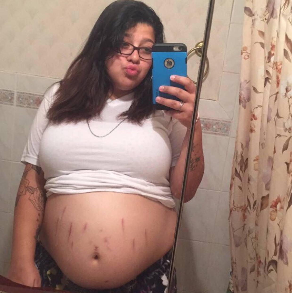 Today I make 34 weeks pregnant with my Baby Boy   and I love