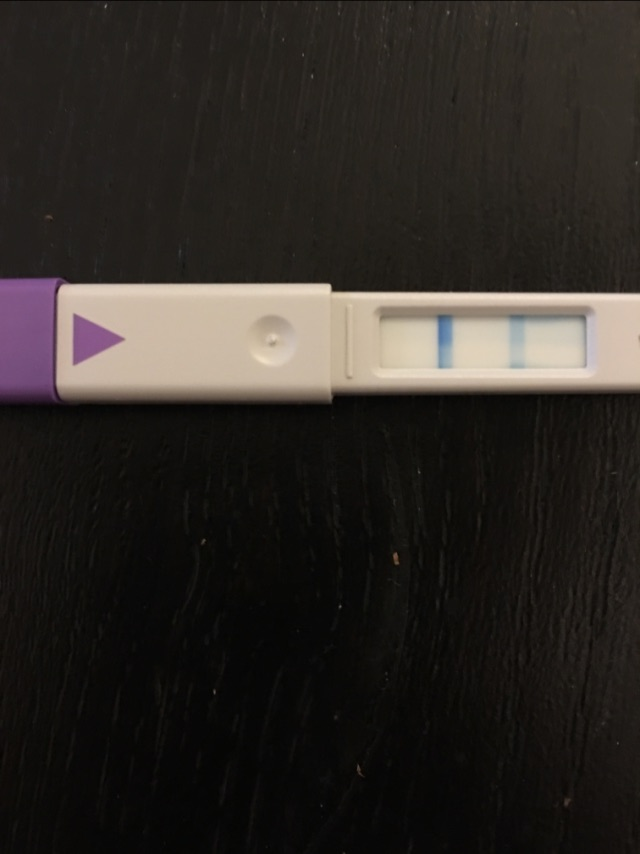 how to use clear blue ovulation kit