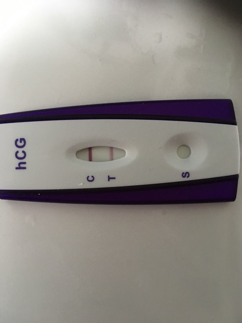 Pregnancy Test Dark And Light Line - Pregnancy Symptoms